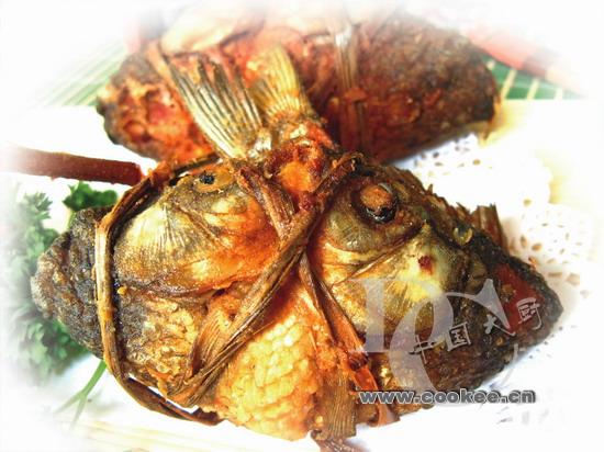 紫苏荷包鲫鱼